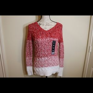 New with Tags Liz Claiborne cable knit sweater